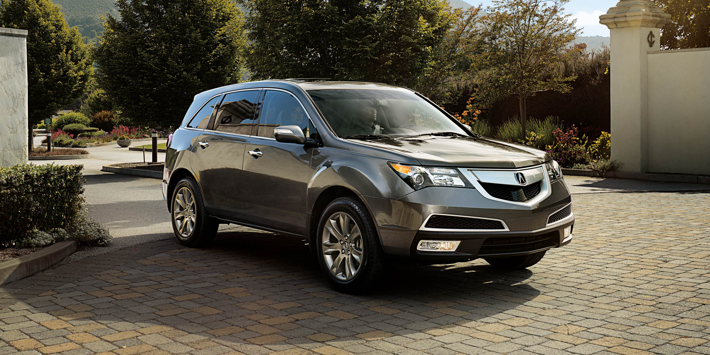 acura luxury suv autoweek reviews review article row a mdx car stalwart notes three